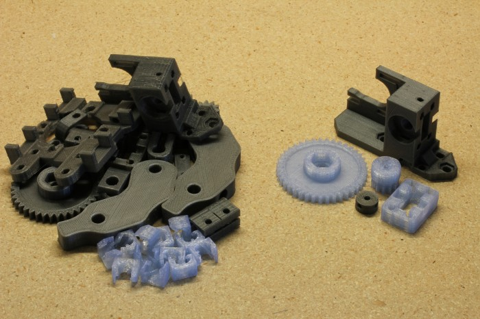 Wade's Extruder and spare parts